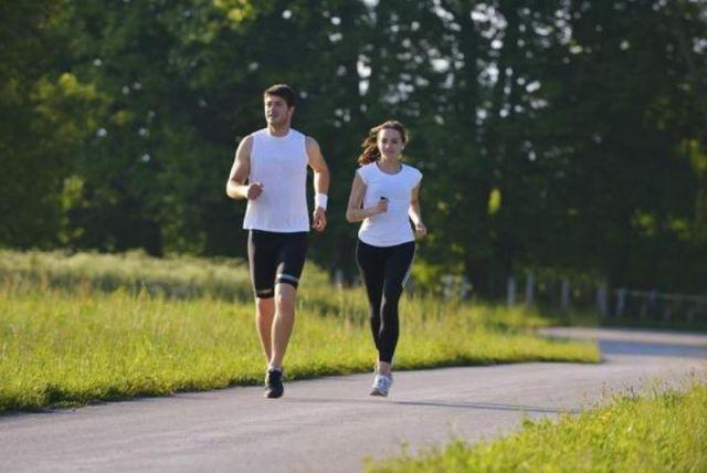 Lari pagi bersama keluarga