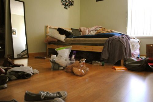 Coba aja kamu nggak bersih-bersih kamar satu minggu...