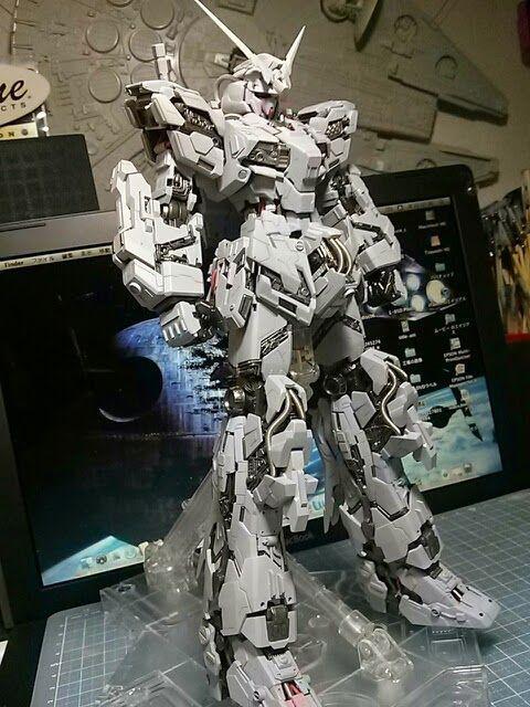 Hobi koleksi Gundam