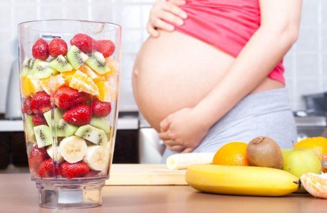 Yang pengen bayi kembar, makan pisang dempet aja!