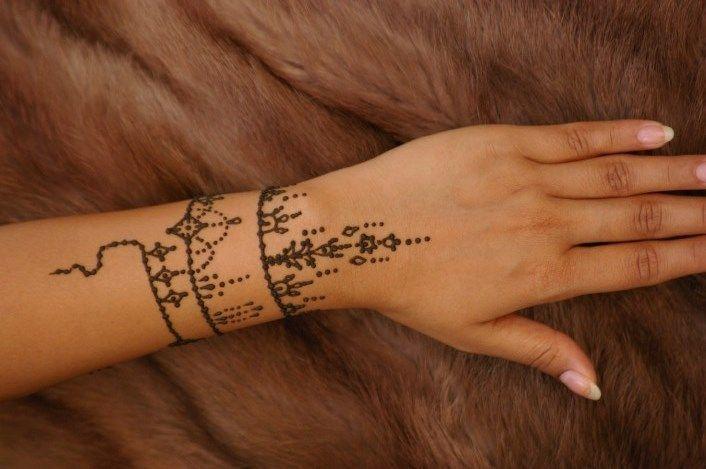 Desain tatto henna mudah dan indah