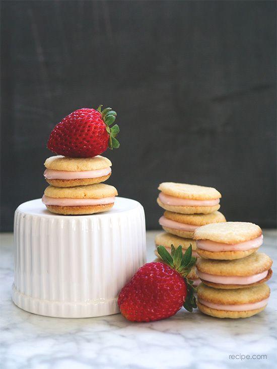 cookies strawberry yang imut dan enak