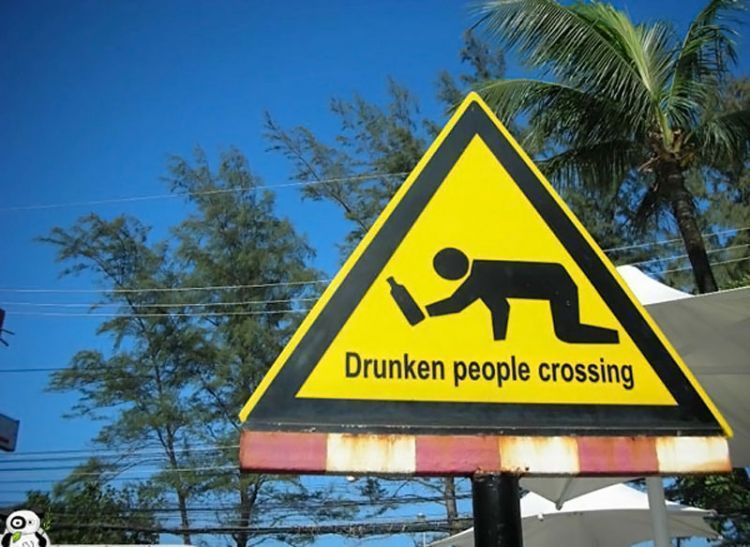 Funny-Signs-Drunken-40
