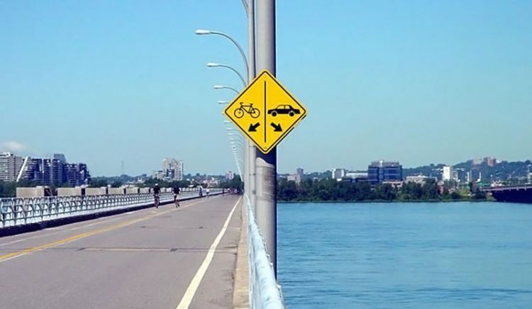Funny-Signs-Water-2