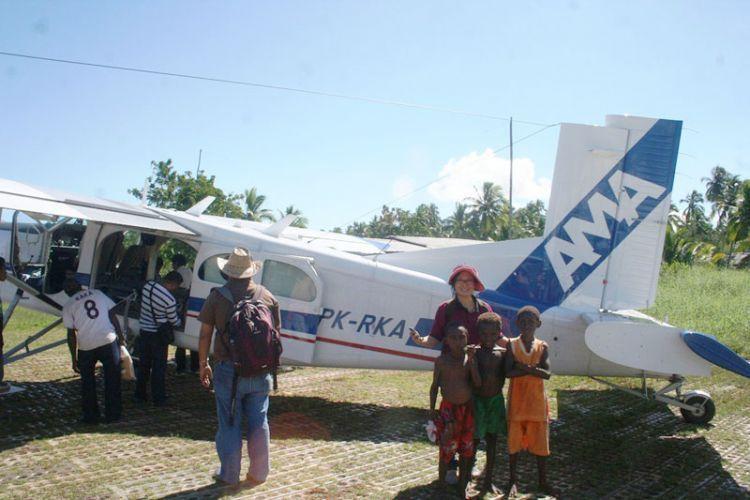 Pesawat-capung-AMA-di-Bandara-Ewer-Agats-Papua