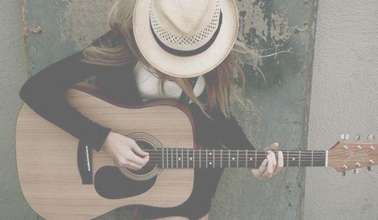 Bermain musik