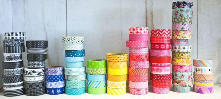 Washi tape adalah plester yang warna-warni dan berpola lucu-lucu