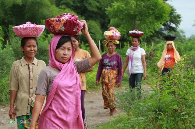 Pergi ke desa desa