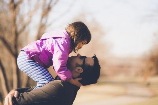 Ayah dengan Putrinya