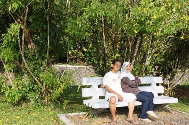Travelling bersama Ayah dan Ibu