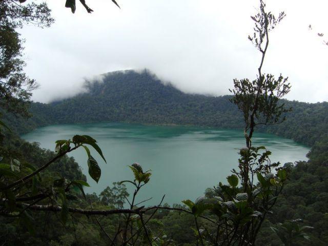 Air yang menghijau dan rimbunnya hutan, membuatnya semakin misterius