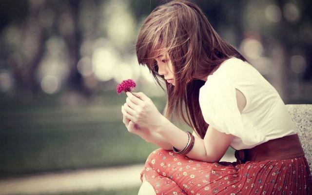 terlalu lama berkubang dalam kesedihan, membuang kesempatan yang ada