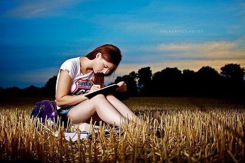 Fokus menulis!