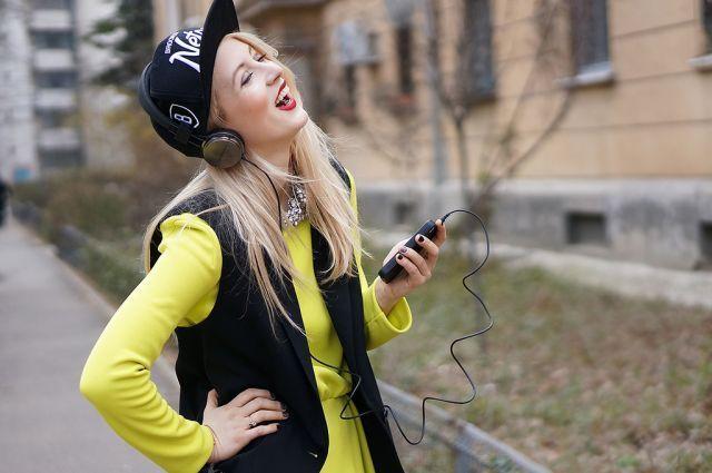 lagu ceria mampu mencerahkan suasana hatimu