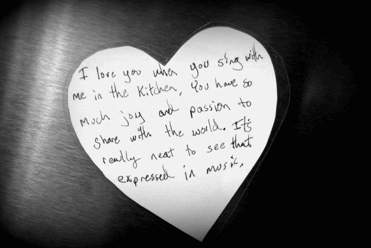 Kasih notes ke kekasihmu via nateandrachael.com