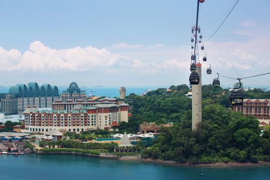 Menyeberang Pulau Sentosa dengan Cable Car (Kredit: Singapore Tourism Board)