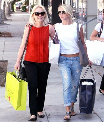 shopping with mom
