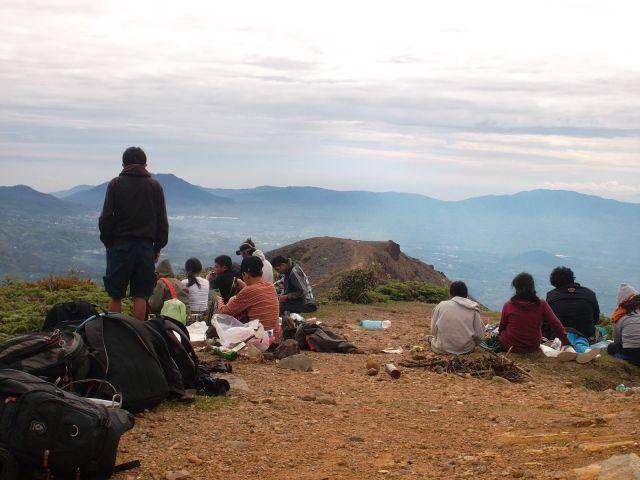 Mendaki Gunung Sinabung