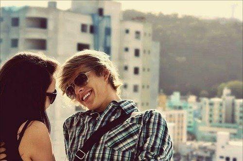 Senyumnya adalah bentuk pemahaman paling purna
