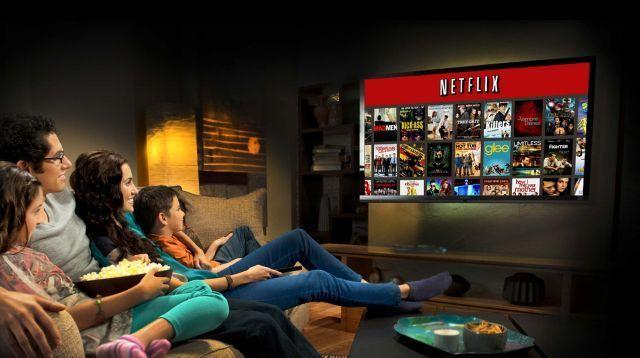Hadiahmu bisa sesederhana menonton TV bersama keluarga