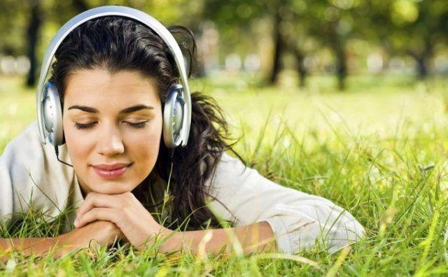 Terapi mendengarkan musik bisa meredakan rasa sakit