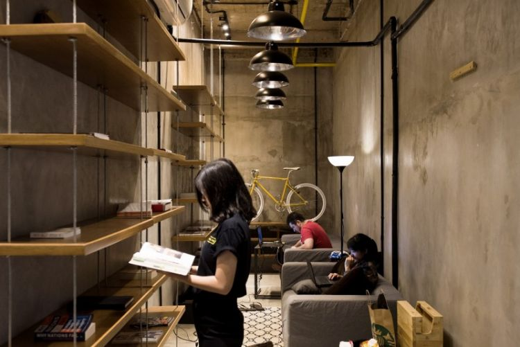 senyaman perpustakaan pribadi