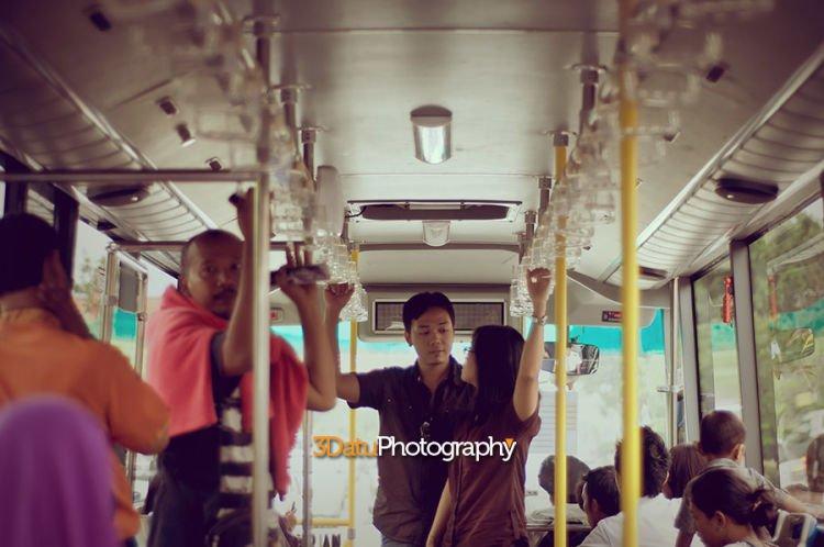 berani gak foto pre wedding di transportasi umum?