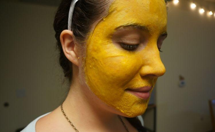 masker kunyit bikinan sendiri lebih alami