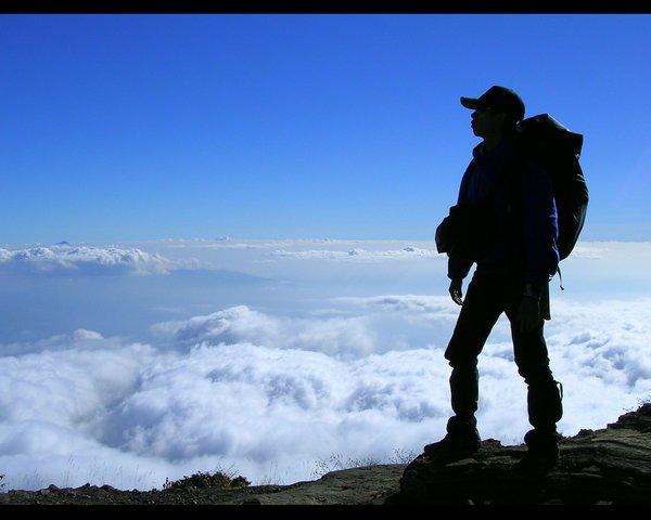 petualangan dan tantangan bagian dari hidupnya