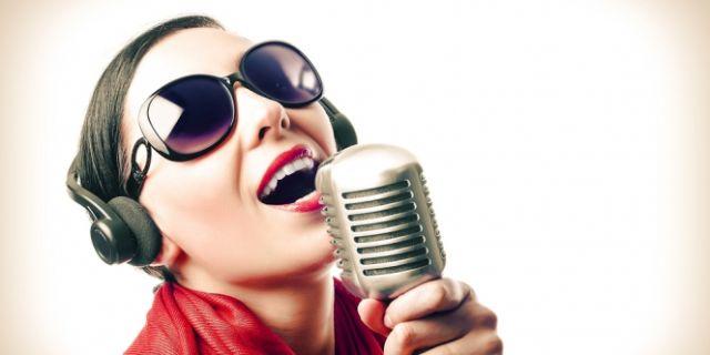 bernyanyilah sampai suara kamu serak