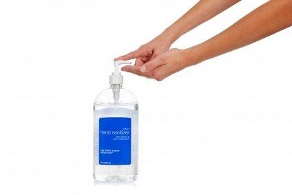 Jangan minum hand sanitizer yah, eh alkohol yah!