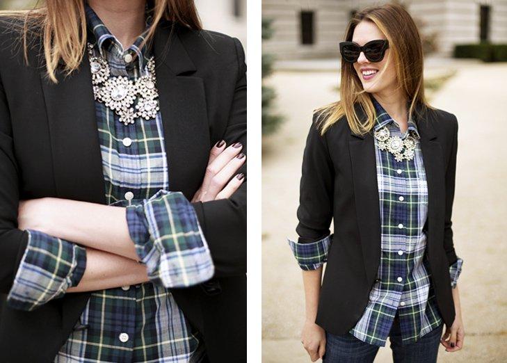 Coba deh padankan kemejamu dengan blazer warna hitam ini.