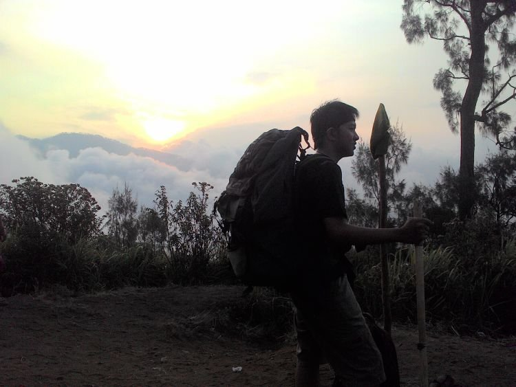 Meski punya Asma, kamu bisa kok menikmati indahnya Gunung
