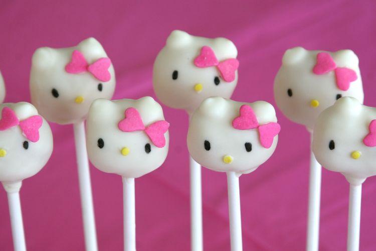 i'm kitty pop cake.