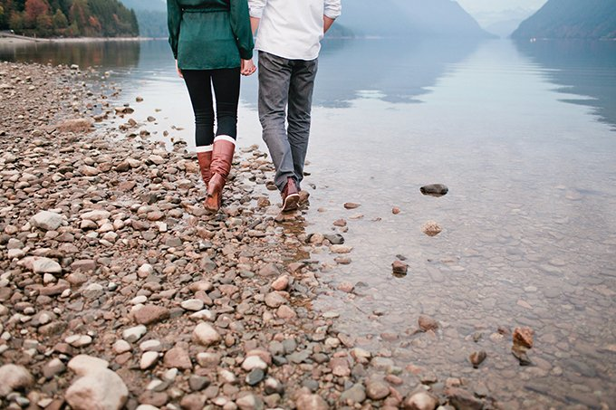 mountainside-lake-engagement-Marie-Skerl-Photography-Glamour-Grace-08