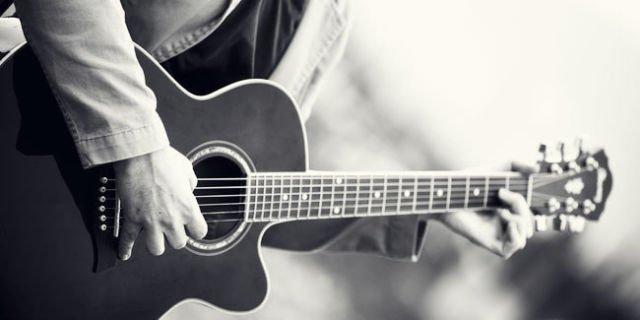 nyanyikan lagu kalian