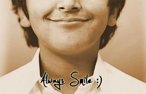 senyum lah selagi bisa