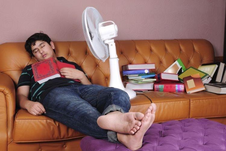 sleeping-with-fan-orig