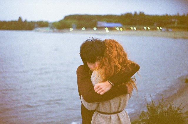Cinta ini selalu lebih dari sekadar peluk mesra