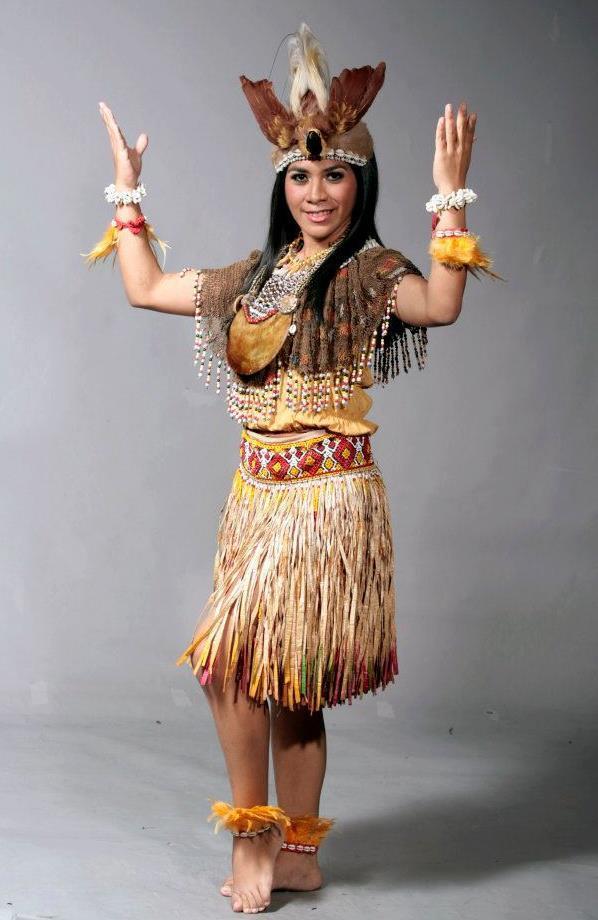 2013-Puteri-Indonesia-contestant-38-8