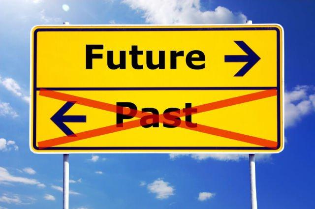 pilih masa depan atau masa lalu, Mas?