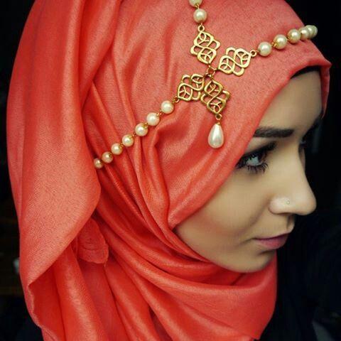atau headband yang lebih besar, like this