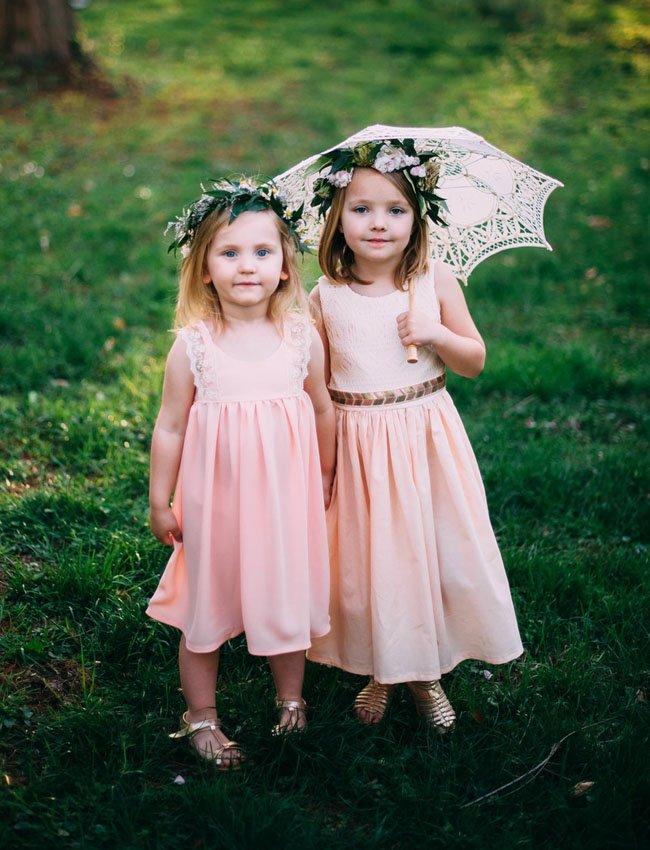 Plus flower crown dan dress pastel