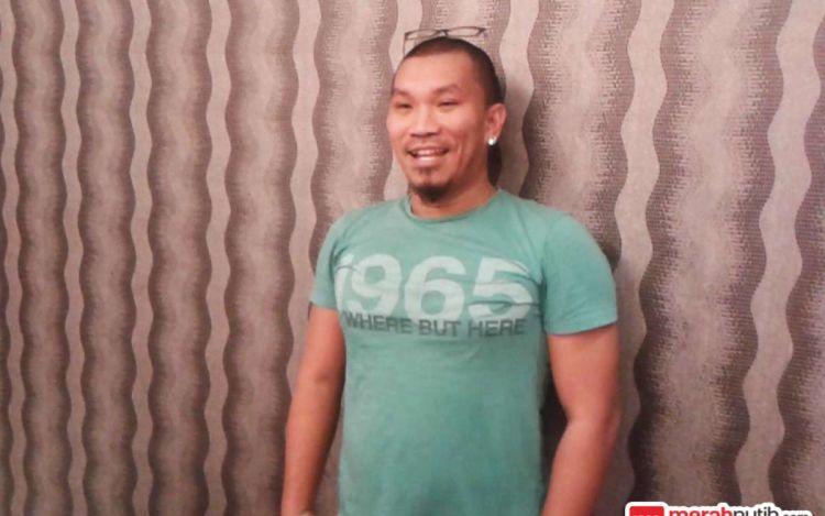 Muka dan dandanan Mongol khas banget cuy