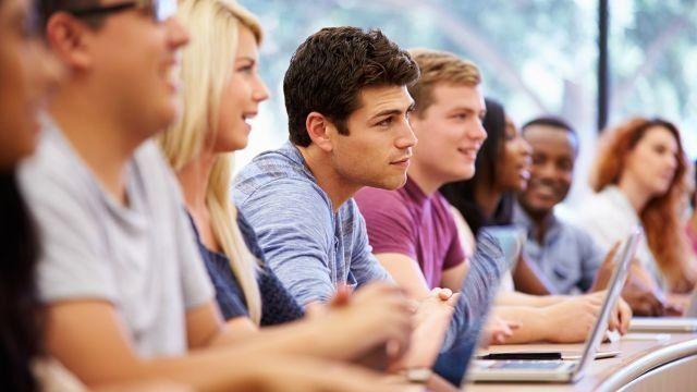 perbaiki TOEFL jika ingin beasiwa di luar negeri