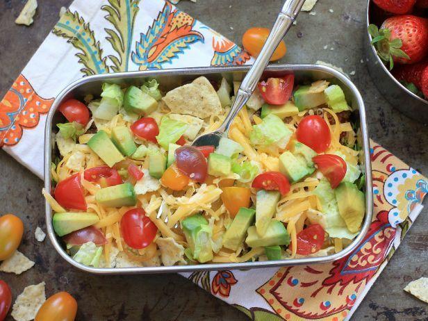 HE_DIY-Taco-Salad-Lunch-Box-Bowl.jpg.rend.sni18col