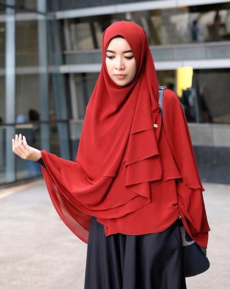 Kivits fashion hijab 8 inspirasi hijab menutup dada a la selebgram tetap bisa Hijab fashion style dailymotion