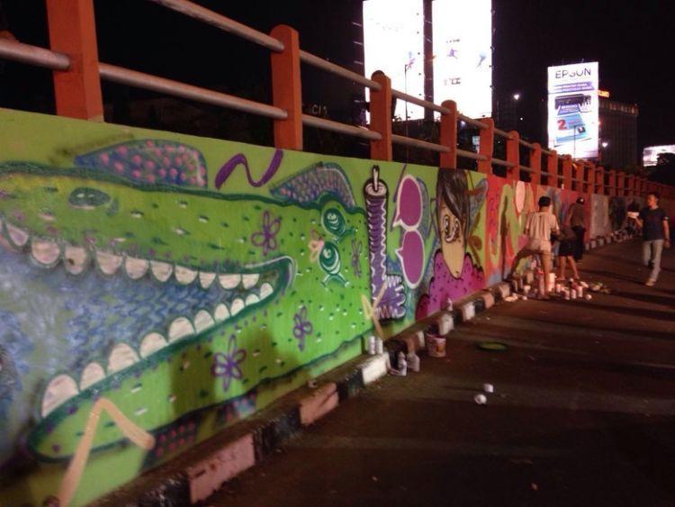 ini di Jembatan Gubeng