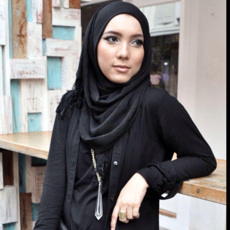 hijab polos jenahara