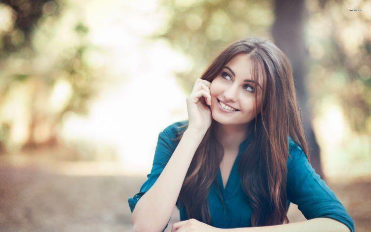 Senyumnya bikin hancur move on :(